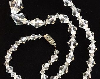 """Superior Quality Silver and Faceted Crystal Sparkle Necklace 18"""""""