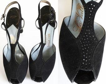 Vintage 1940s Heels | T-Straps | Designer | 40s Pumps | Black | Cutouts | Pumps  |