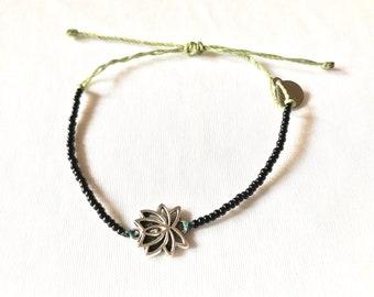 Lotus charm bracelet, lotus bracelet, seed bead bracelet, black seed bead bracelet, friendship bracelet, yoga bracelet,