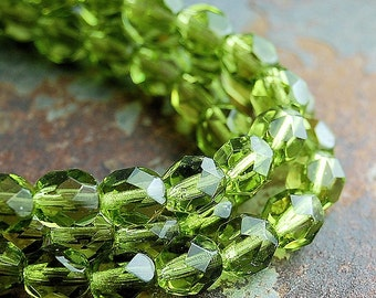 Olivine Green Crystal Czech Glass Bead 6mm Round - 25 Pc