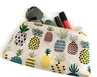 Pineapple make up bag Gifts for mom Makeup bag Pencil case Gifts for women Gift for her Bridesmaid gift Mothers Day gift Teen girl gift