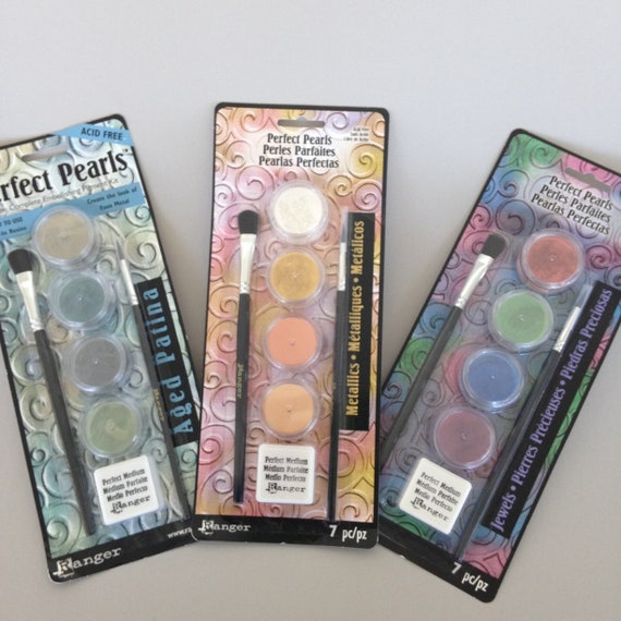 Ranger Perfect Pearls color Kits pearlescent pigment powders add shimmering highlights and effects to your clay, paints, and mixed media art