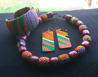 African Fabric Jewelry : bangles, necklaces and ear rings (HamekDesign)