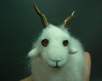 Dollhouse goat 1 : 12  OOAK  by Fairytaledreams
