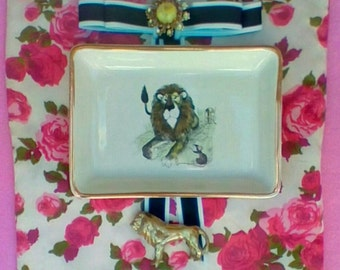 Lion and the Mouse Fable Tray: Jewelry Dish
