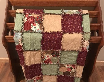 Country Patchwork Rag Quilt