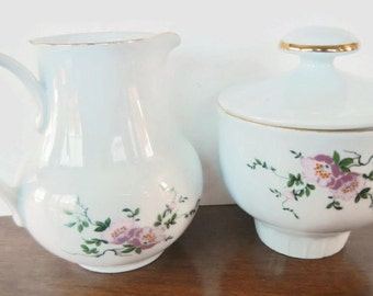 Vintage Creamer and Sugar - Henneberg Porzellan 1777 - made in German Democratic Republic - collectible, china, porcelain, serving, floral