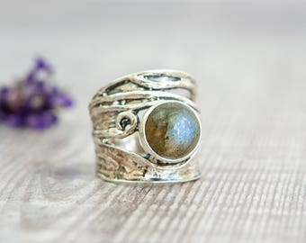 Sterling Silver Round Labradorite Wide Band Ring - Silver Ring -  Handmade ring