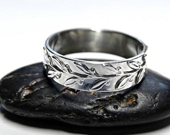 womens wedding ring pagan, laurel ring silver engagement ring, twig silver ring, wreath eternity ring silver, leaf ring silver filigree ring