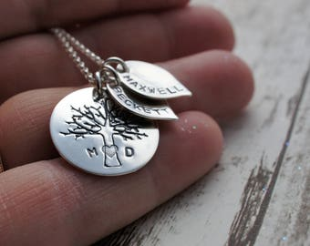 Personalized Family Tree Necklace - Family of Four Oak Tree w/ Two Leaf Charms in Sterling Silver - EWDJewelry Gifts for Mom