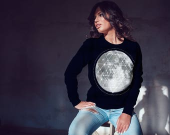 Sri Yantra Moon Sweatshirt Full Moon Top Sacred Geometry Sweatshirt Crewneck Sweatshirt Gifts for girlfriend gifts under 30 festival fashion