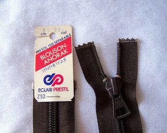 Zip closure, nylon, Walnut stain (Z52 990)