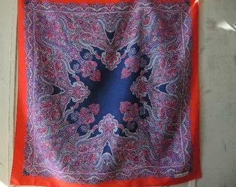 Vintage large paisley silk scarf Gaemi Fashion 34 x 35 inches