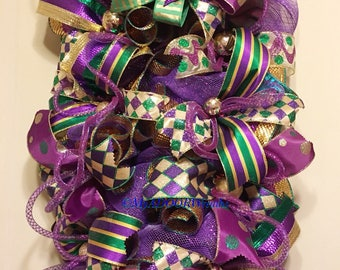 Mardi Gras Swag, Mardi Gras Wreath, Whimsical Mardi Gras Swag, Front Door Swag, Fat Tuesdays Wreath, Mardi Gras Decor, Jester Masks Wreath