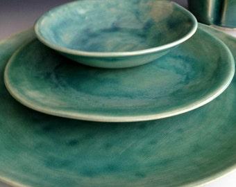 Handmade organic slab dinnerware place settings set of three pieces, dinner plate, side plate, dessert bowl by Leslie Freeman