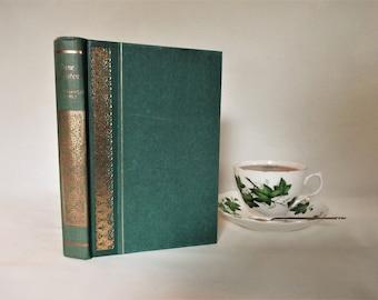 Northanger Abbey by Jane Austen / 1961 Macdonald & Co., London / Delightful Colour Illustrations by Philip Gough / Lovely Gilt Decoration