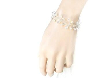 Crystal Bracelet, Bridal Bracelet, Bridesmaids Bracelet, Bridal Jewelry, Silver Jewelry, Wedding Jewelry, Wedding Bracelet by Durango Rose