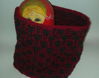 Red and charcoal cowl, neckwarmer, scarf