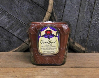 Crown Royal Whiskey Candle / Man Candle / Gifts For Men, Gift For Him, Man Cave Gift, Gift For Guys, Whiskey Gifts, Father's Day Gift