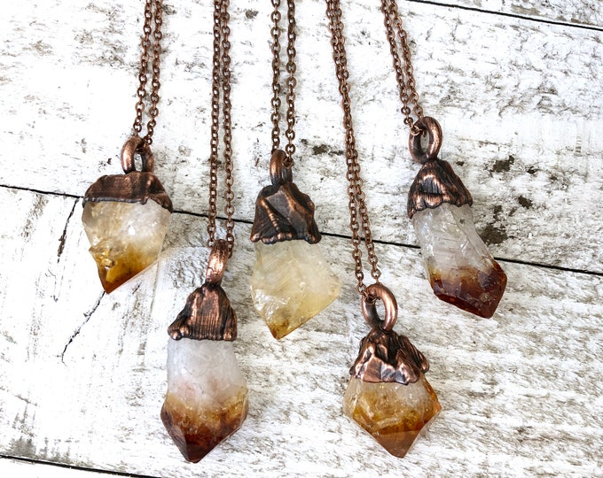 Raw Citrine Small Crystal Necklace Pendant / Raw Crystal Necklace Yellow Stone Jewelry / Healing Crystals Rough Crystal Necklace Gift
