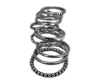 "Weekly rings multiple ""Twister"" rhodium plated black oxidized silver ring"