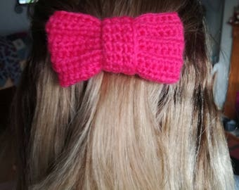 crochet bow hairclip