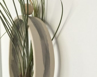 Medium Oval or Round Airplant Cradle Sling Hanging Planter Display for Air Plant Made To Order