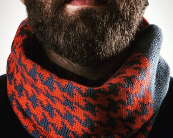 Scarf 100% Italian wool. Infinity scarf. Gift for him. Valentine's day. Unisex. Winter. Woollo handmade. Navy and red