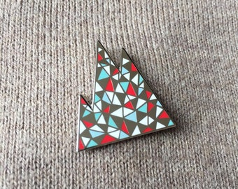 Enamel pin / Mountain enamel pin / nature enamel pin / geometric enamel pin / lapel pin / triangle enamel pin / cute enamel pin