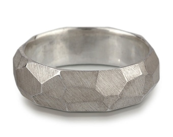 Chiseled Ring - Faceted Band - 950 palladium, 14K white gold or platinum - 7mm wide