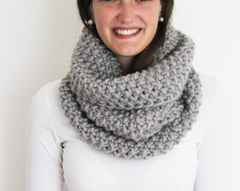 Scarf BELLA in Grey | Infinity Scarf | Chunky Knit