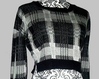 vintage 1990s cropped plaid sweater long sleeve monochromatic simple boxy