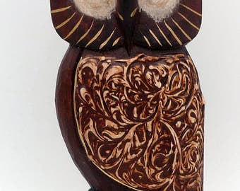 OWL OWL vintage wood carved and painted