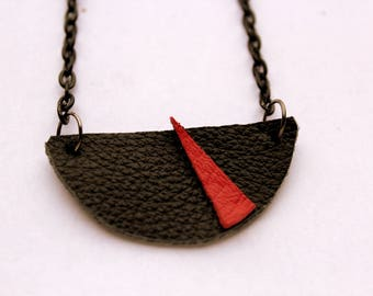 """""""Magena"""" red and black leather necklace"""