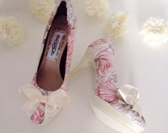 Ivory wedding shoes, bridal shoes, fairy shoes, fairy wedding, pink peach shoes, ivory blush pink shoes, ladies high heel shoes.