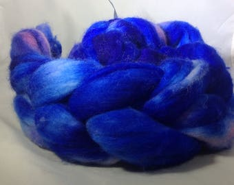 "Polwarth handdyed roving ""lost in blue"" 4.2oz"