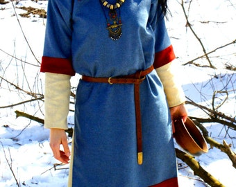 The early medieval women's tunic is peculiar to Kiev Rus areas. Good for reenactors. Based on historical iconography.