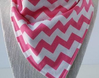 Bandana Bib - Cotton/Bamboo - Cotton/Terry cloth - Chevron Hot Pink