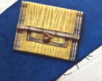 05 pocket flap, handcrafted vegetable dye and wool