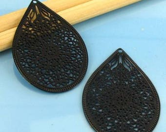 2 small pendants 35MM black Teardrop #E50 prints