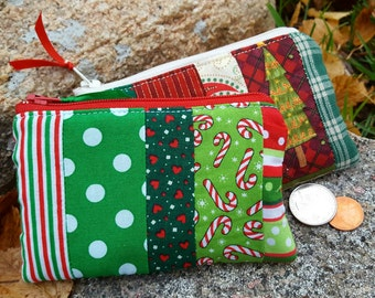 Christmas Coin Purse, Red and Green Zipper Wallet, Christmas Wallet, Patchwork Coin Purse, Stocking Stuffer, Co worker gift, Teacher gift