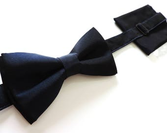 Navy bow tie and Pocket taffeta