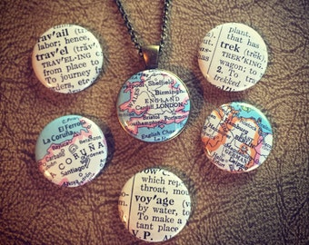 Travel Lovers Magnetic Pendant Set