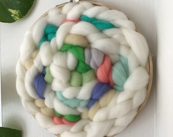 Handwoven Wall Hanging // Woven Art // Embroidery Hoop Weaving