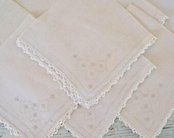 Linen Napkins, Set of 8 Vintage Handmade Napkins with Crocheted Edging