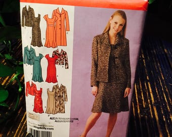 Simplicity women's unlined coat or jacket in two lengths and lined dress pattern No  4014 BB 20W-28W