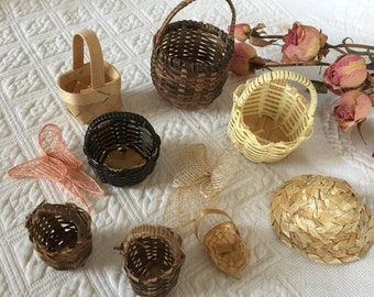 Vintage Miniature Baskets for Doll House. Mini 10 Basket Collection With Small Blue Basket. Varying Styles of Mini Baskets.