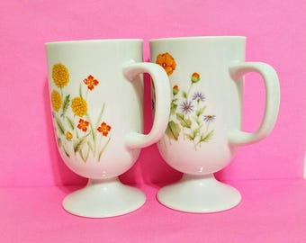 Poppy Garden Pedestal Mugs 2 Irish Coffee Mugs Yellow Orange Footed