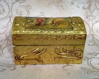 Victorian Ornate Gold Gilt Box, Italian Florentine Tole Wood Box, Domed Jewelry or Trinket Box, Made in Italy