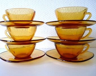 6 French Vintage Vereco Yellow Coffee Cups and Saucers, 1960s Tempered Glass Amber Yellow Espresso Cups, Retro kitchen